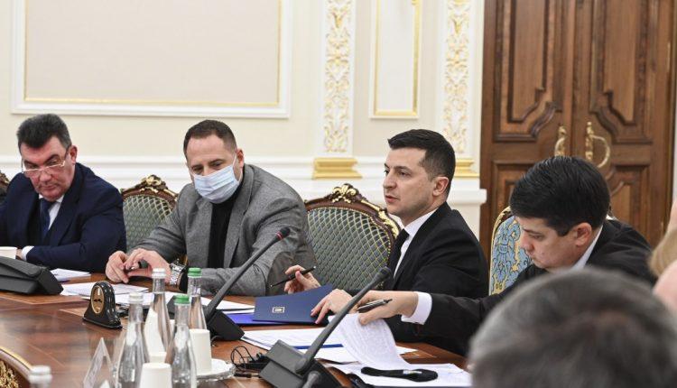 Зеленский отстранил на 2 месяца Тупицкого от должности судьи Конституционного суда