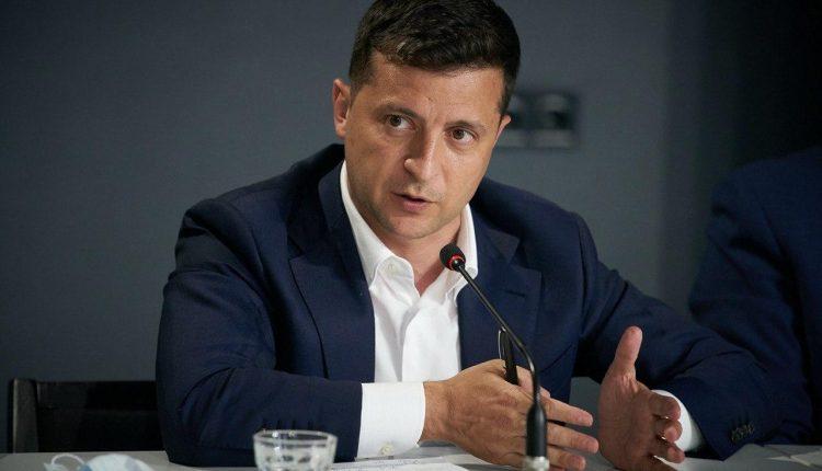 Зеленский ветировал закон о возобновлении конкурсов на госдолжности