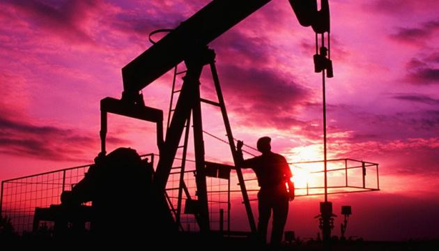 Нефть дешевеет из-за новой вспышки коронавируса в Китае