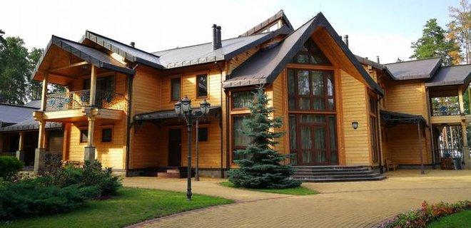 АРМА передала в управление сети отелей бывшую резиденцию Януковича