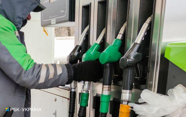 Крупные сети снижают цены на бензины и дизтопливо