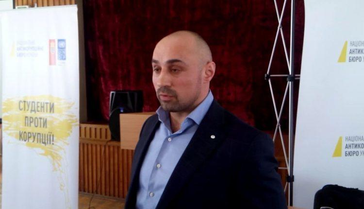 Июньская зарплата замдиректора НАБУ Новака составила почти 400 тысяч