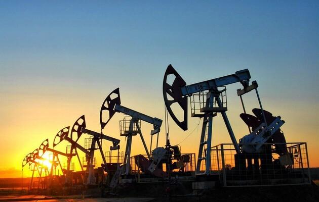 Нефть дешевеет на фоне распространения штамма Delta